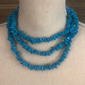 Jewelry - ⭐️Real stone Necklace w/ turquoise colored beads⭐️